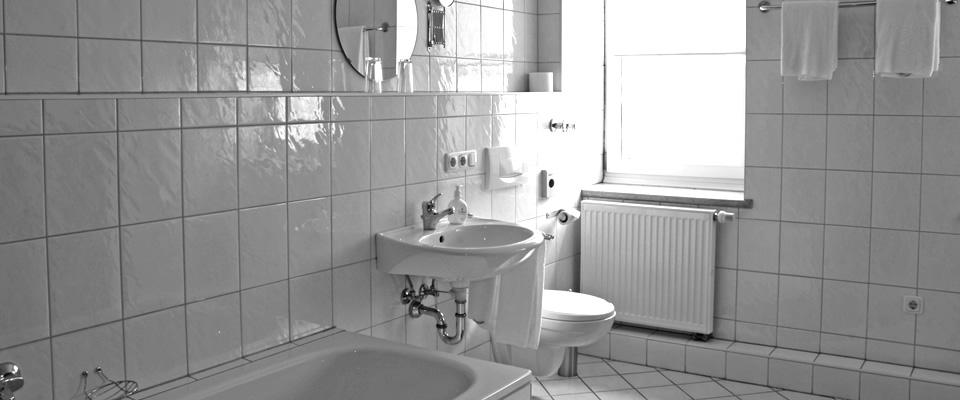 hotel zimmer hotel cristallo landshut zentrum ihr hotel in ruhiger lage. Black Bedroom Furniture Sets. Home Design Ideas